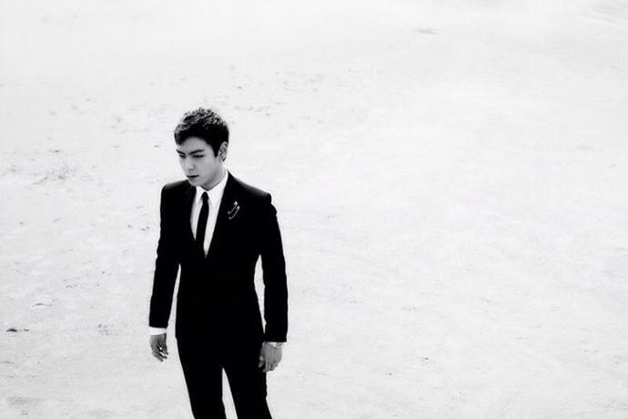 年过三十,BIGBANG崔胜铉T.O.P新恋情曝光,还会回到娱乐圈吗