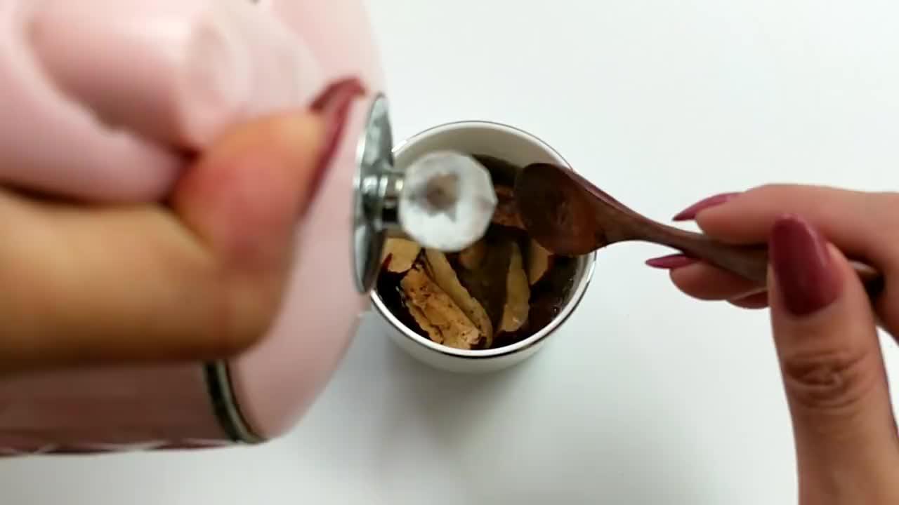 生姜加红枣泡水喝真厉害,轻松排出体内湿气,早知道早受益