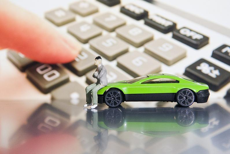 新能源汽车股涨幅十强:比亚迪第3,宁德时代第10,第1竟亏4200万