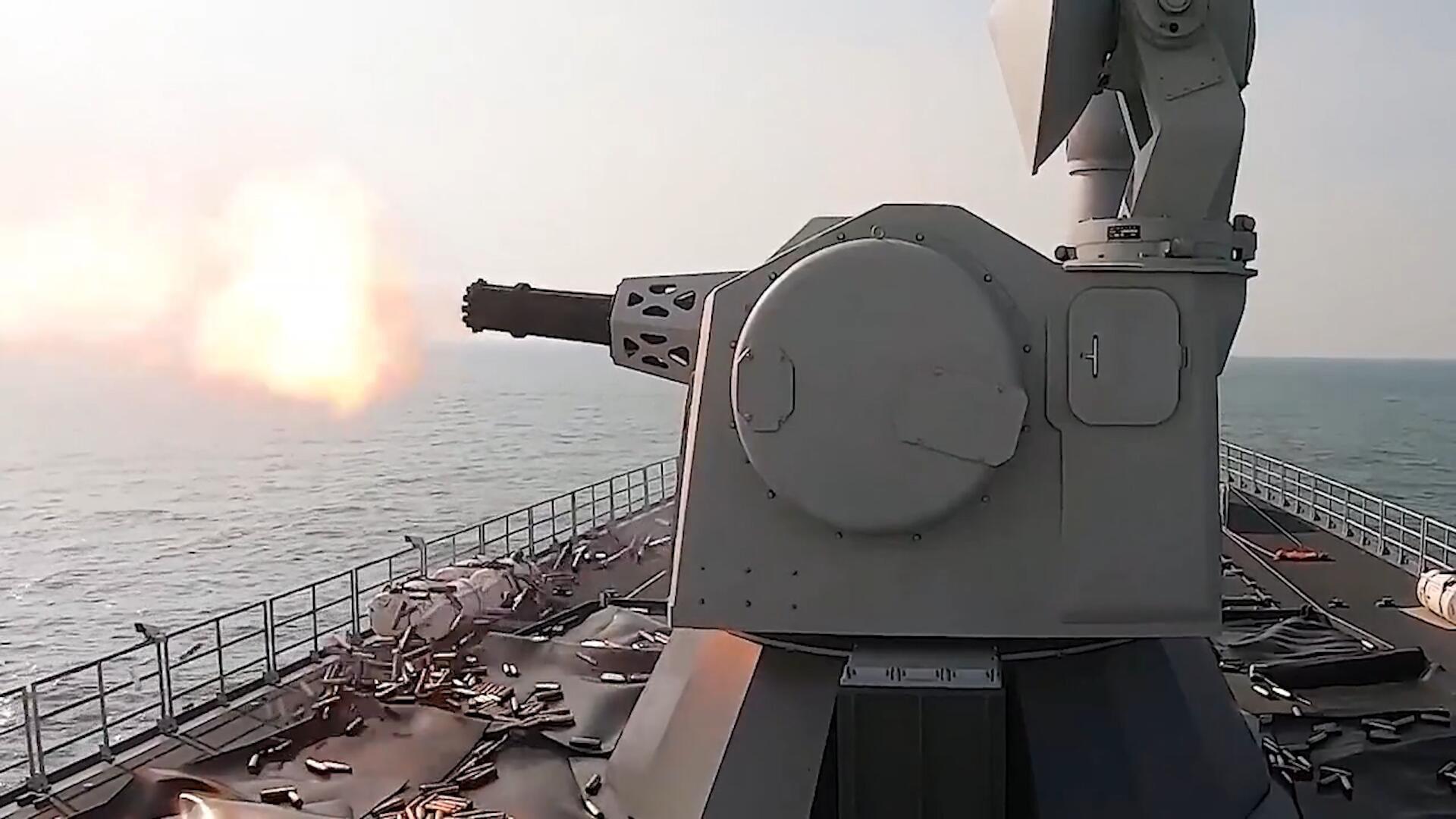 外媒:中国海军055大驱或装备新型发电机,为电磁炮提供动力!