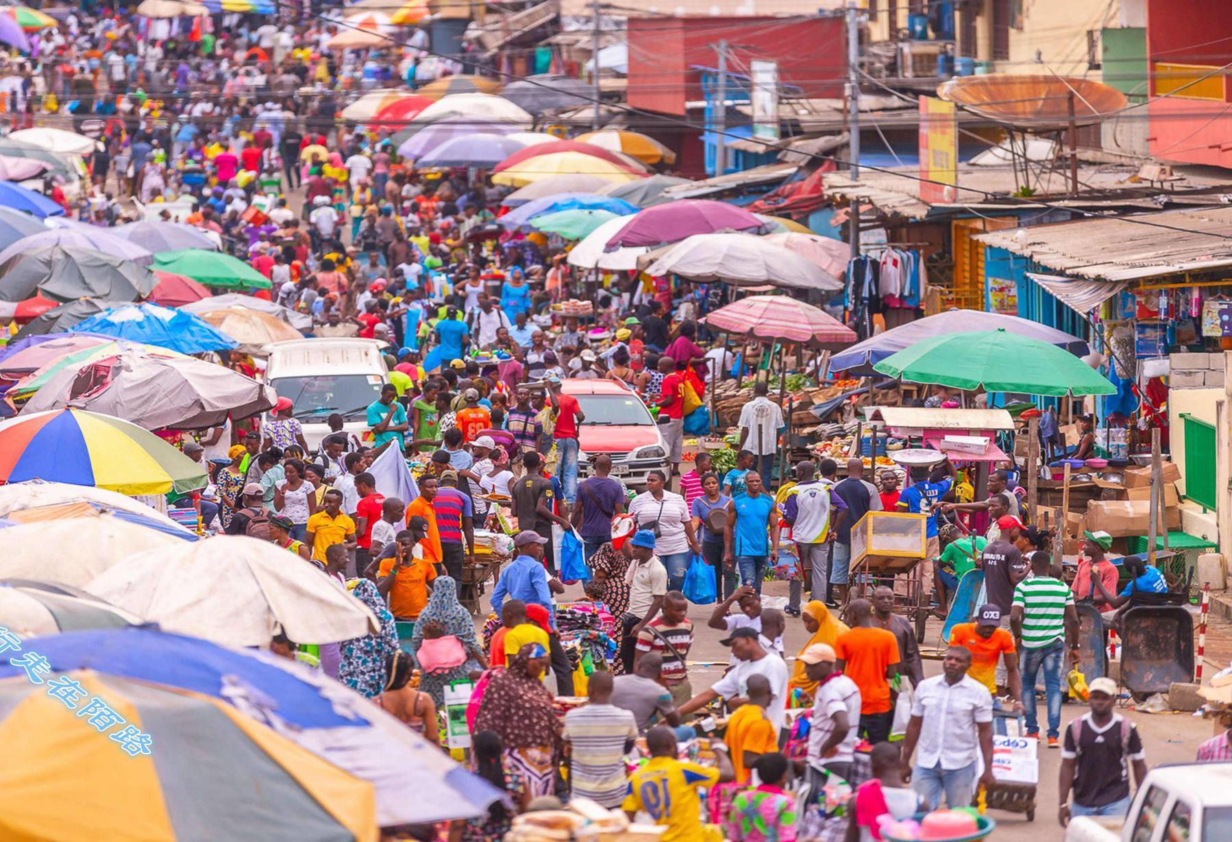 非洲最富裕国家之一:人均GDP5.6万,月薪1800足够生活