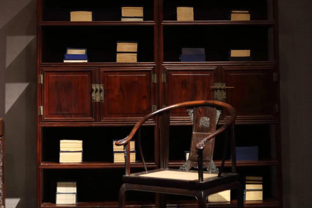 古典家具中的庋具 文人书房里的明式家具之柜架