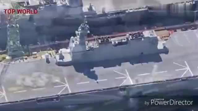 日本出云级直升机驱逐舰 改装为航母前的样子
