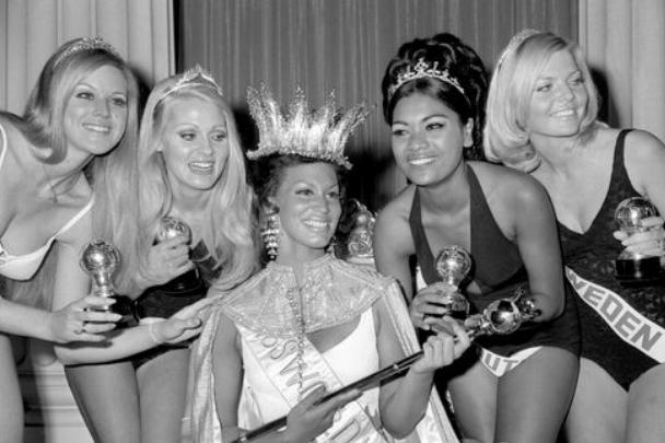 老照片 1970年世界小姐选美大赛 黑人美女意外夺冠