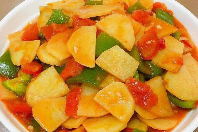 """炒土豆时别加""""此物"""",同食就是没病找病,现在知道也不晚"""
