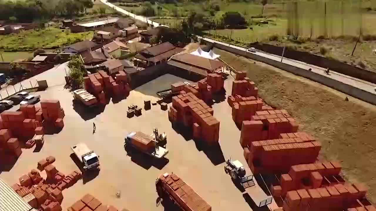 实拍红砖的生产制造流程,和想象中有点不一样!