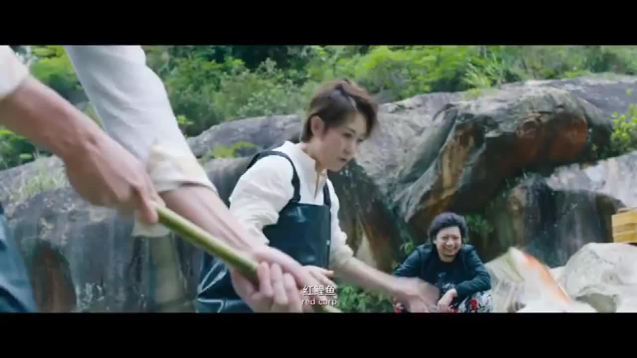 羞羞的铁拳爆笑片段:东哥问小伙为什么他们叫你驴,我叫马户爆笑