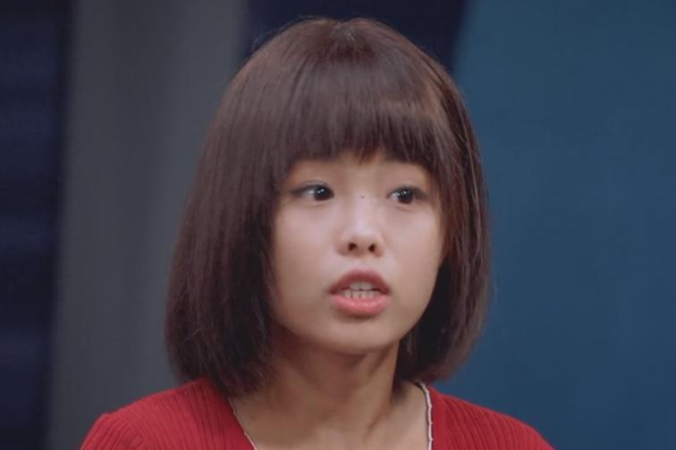 王莎莎表演未获认可,童星成名太早有何用?终究还输给了颜值