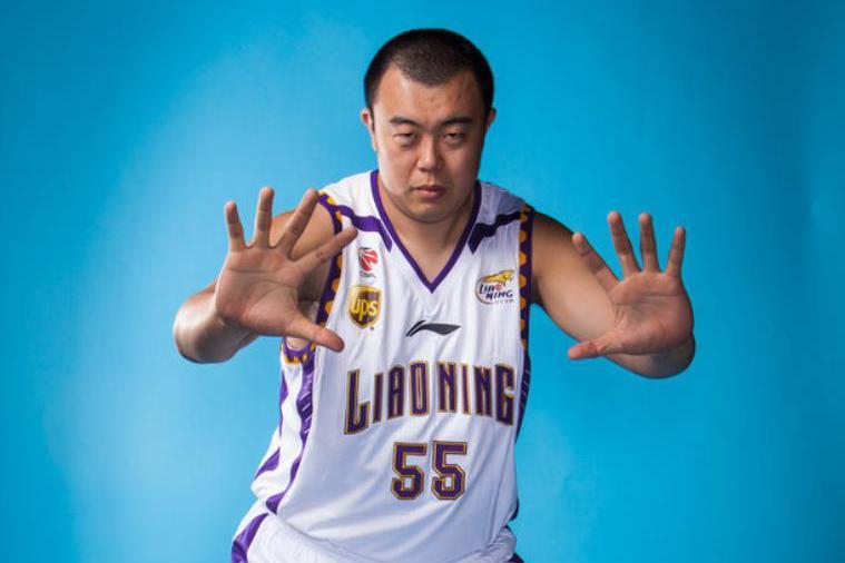 CBA大杀器!打爆周琦王哲林,场均净胜53分,广东总冠军真的不稳
