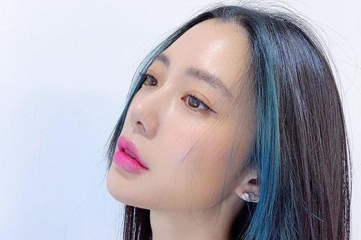 韩国女艺人Clara社交网站发照 大秀完美曲线