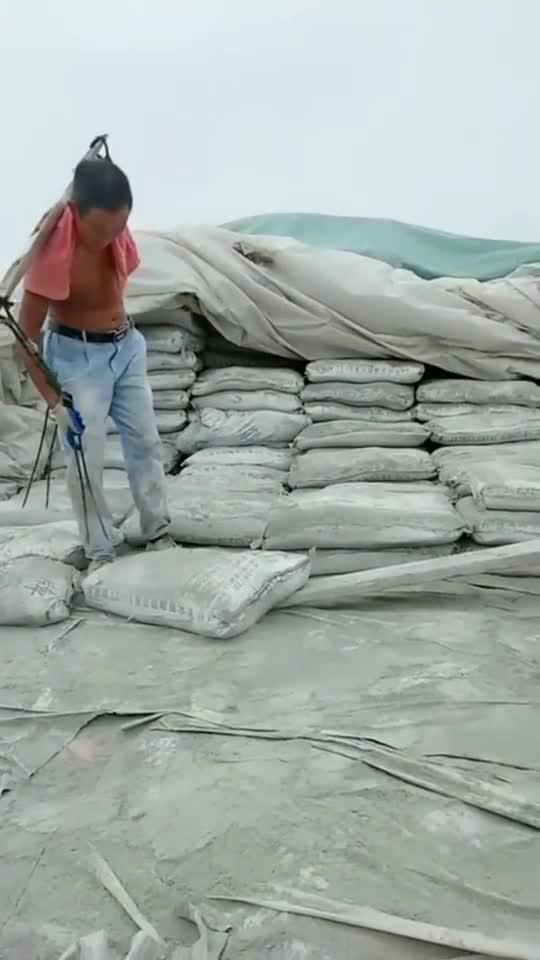 农民工干活也是不容易了