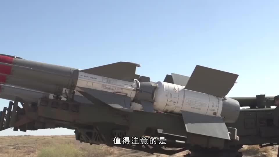 俄给印度吃下定心丸,大批战机导弹无限供应,放言足够打两线战争