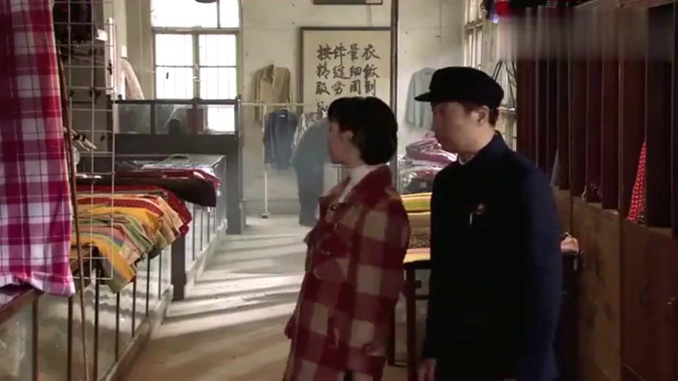 王贵与安娜:陪媳妇逛街,没想是给婆婆买东西,丈夫乐得喜笑颜开