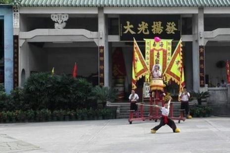 广东佛山这三个景点,有山有园,还有亚洲最大的牌坊,值得一游