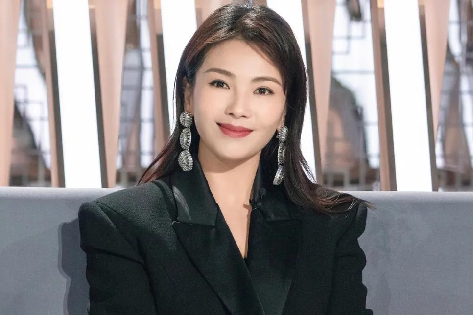 《我是女演员》:能让刘涛瞬间落泪的,到底是什么样的新人?