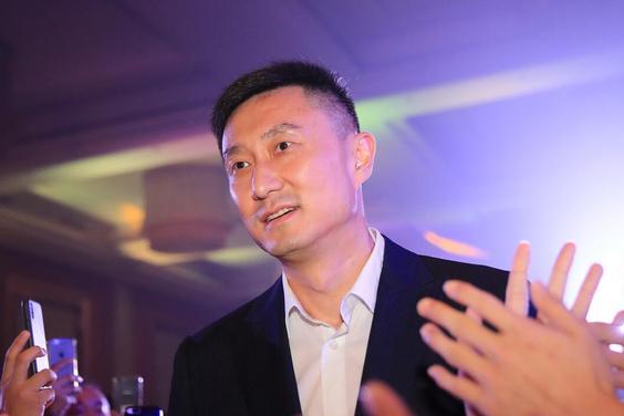 杜锋临时会议,媒体连夜揭晓重要内容,王哲林去留待定