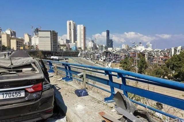突遇爆炸事故的黎巴嫩,是戈恩的老巢,有莱肯的轰鸣