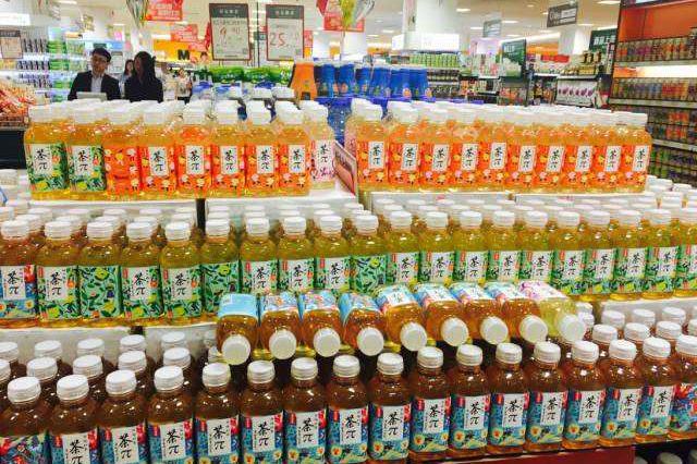 """中国茶饮料""""销量王"""":打破一项吉尼斯纪录,营收是农夫山泉4倍"""