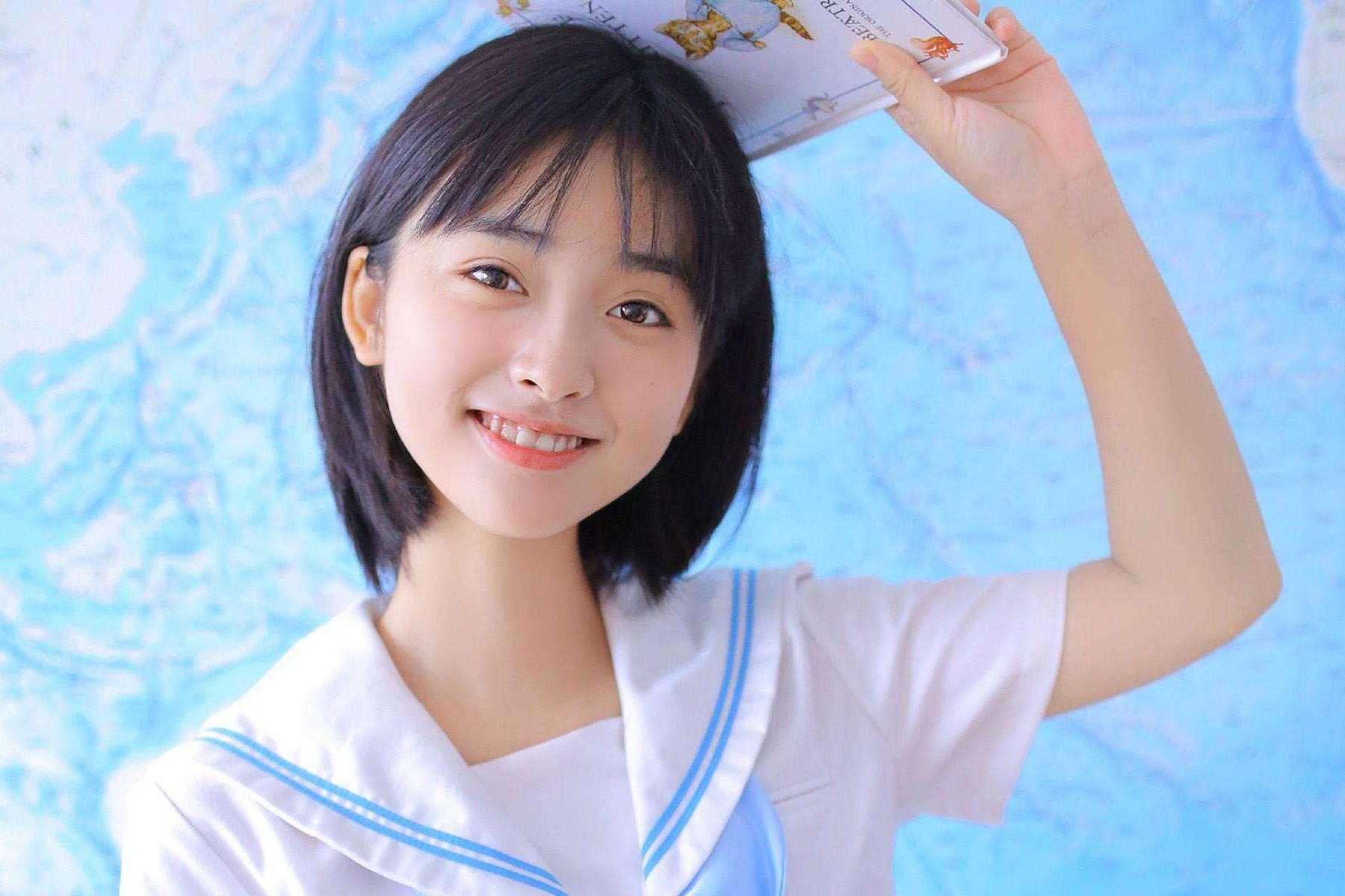 沈月最新造型惊艳十足,却被质疑是模仿杨丞琳的妆容?