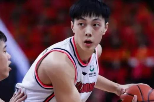 全明星赛后三分球低至28.6%,胡明轩成广东X因素