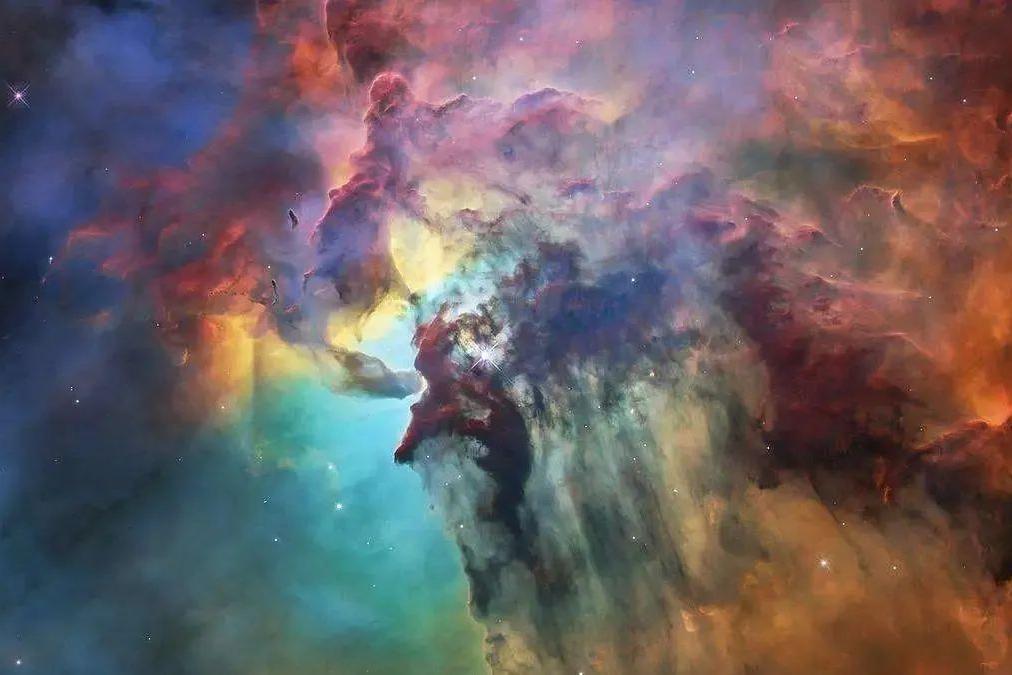 星际气体云在可见光下很难看到,但日本45米射电望远镜能观测到!