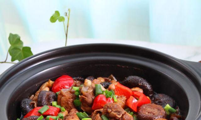 香菇花生炖鸭肉,美味又营养,超级下饭