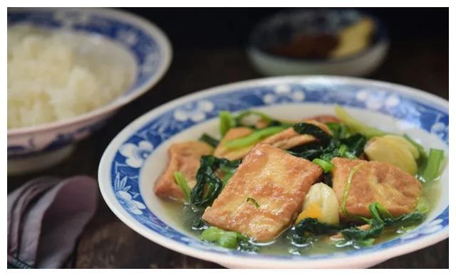 家常菜也有新花样,这豆腐的味道简直了
