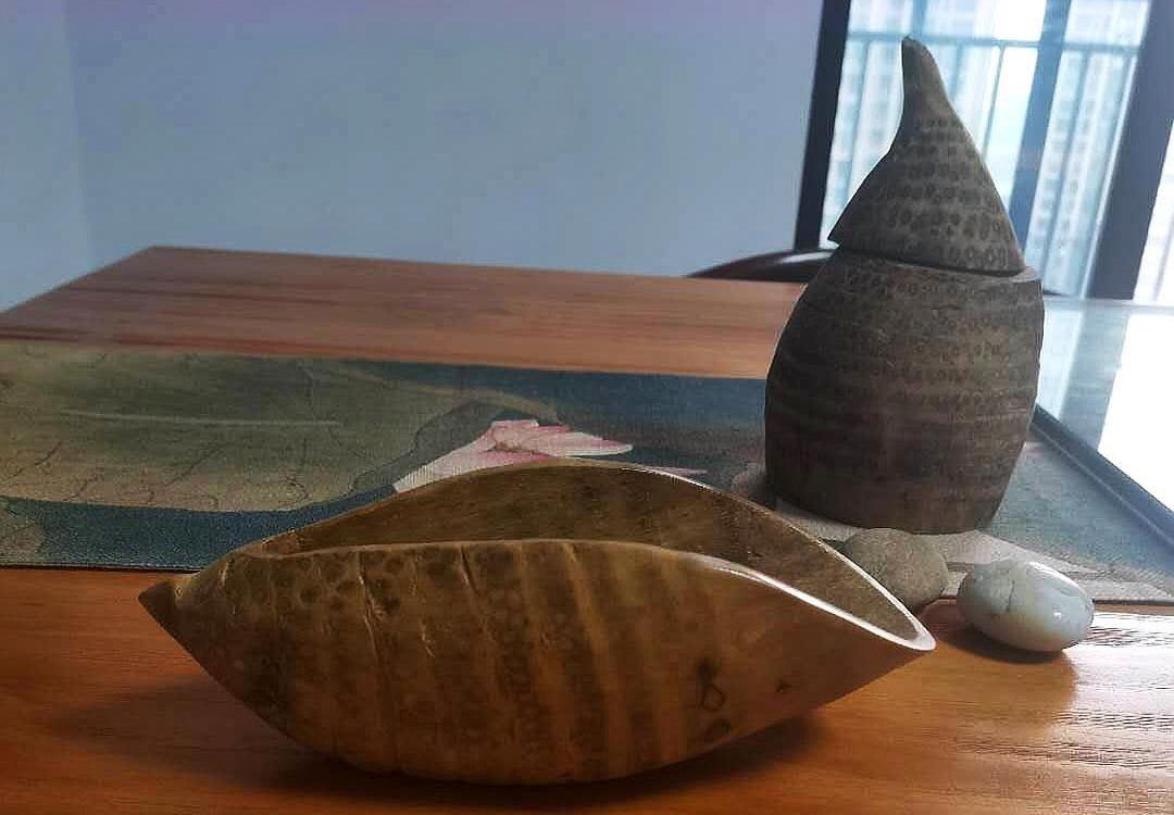 业余创作的全部手工作品:石头画、皮贴画、竹雕、装饰画等