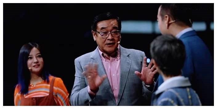 《演员请就位2》郭敬明发给何昶希S卡,真的是郭敬明的问题么?
