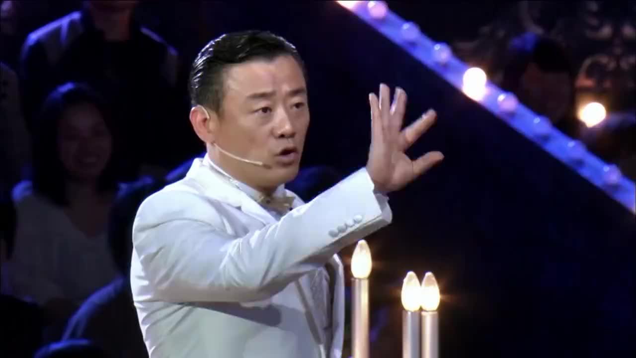 袁野从小父母离异,跟着母亲生活,舞台跳舞欲向父母证明自己