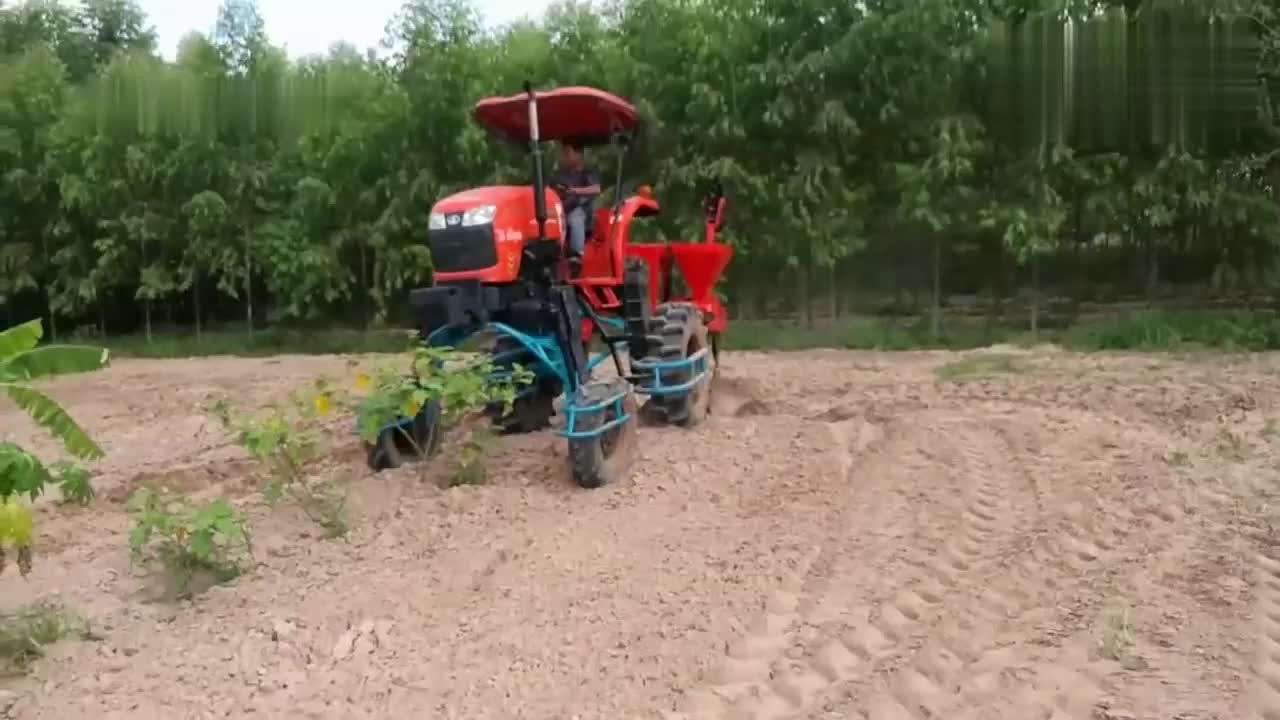 新型深松播种机,拖拉机牵引轻松播种,山区人民表示非常实用!