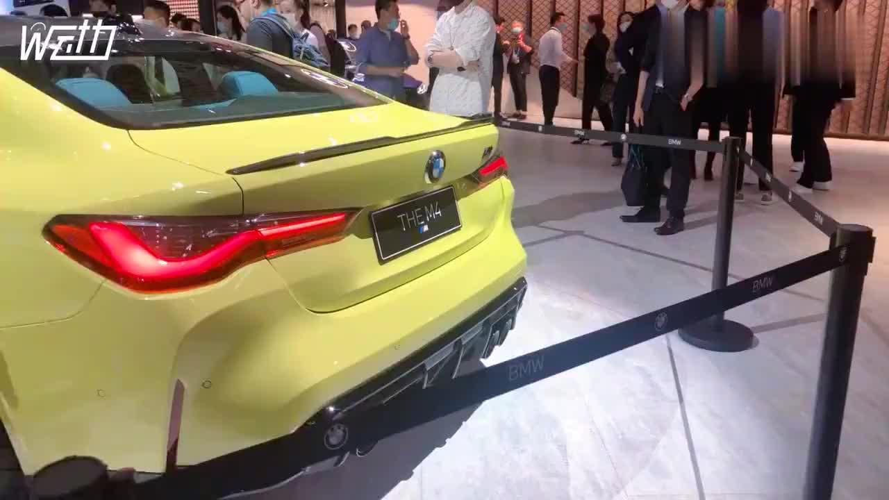 北京车展:舔屏!围观宝马展台全新M4,外观张扬吸引粉丝无数