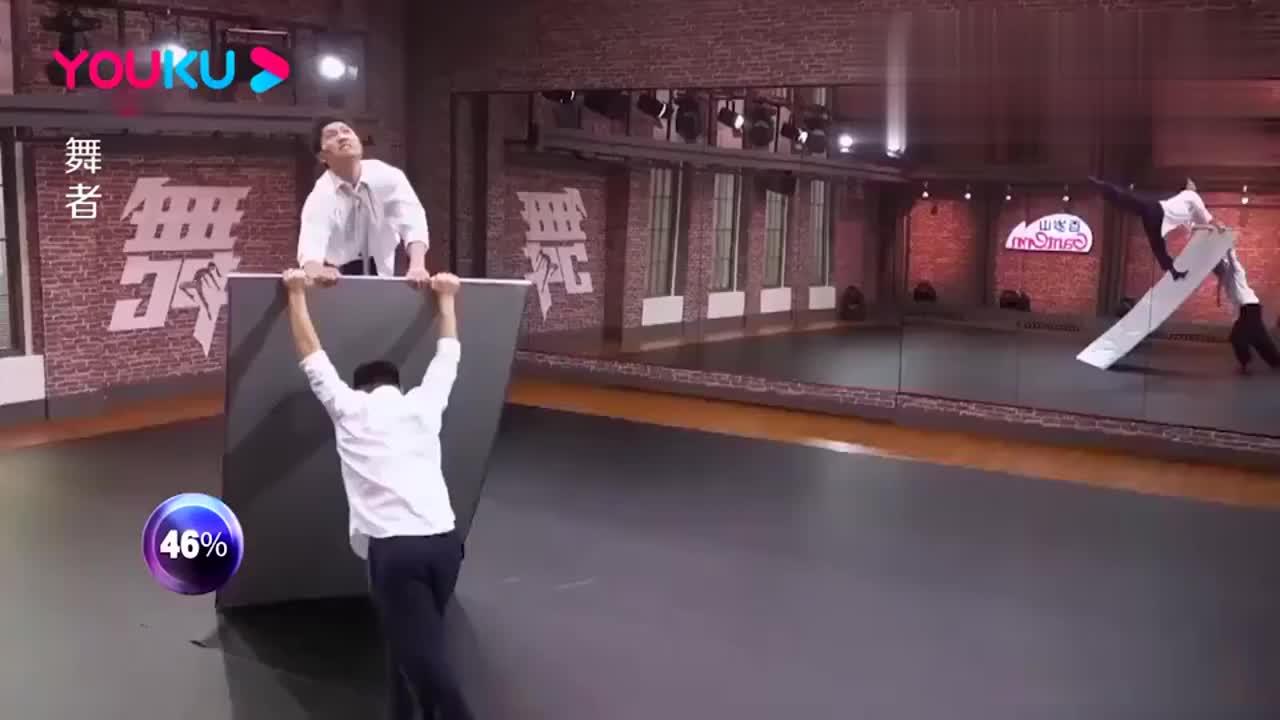 舞者:小伙舞技精湛,观众不投票开门,气的金星怒怼