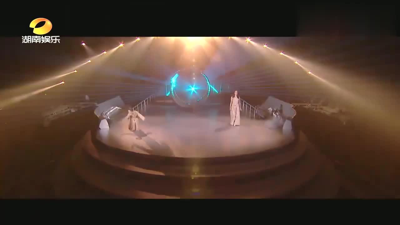 首位唱哭杜华的姐姐团,结尾更是仙女下凡,伊能静要崛起了!