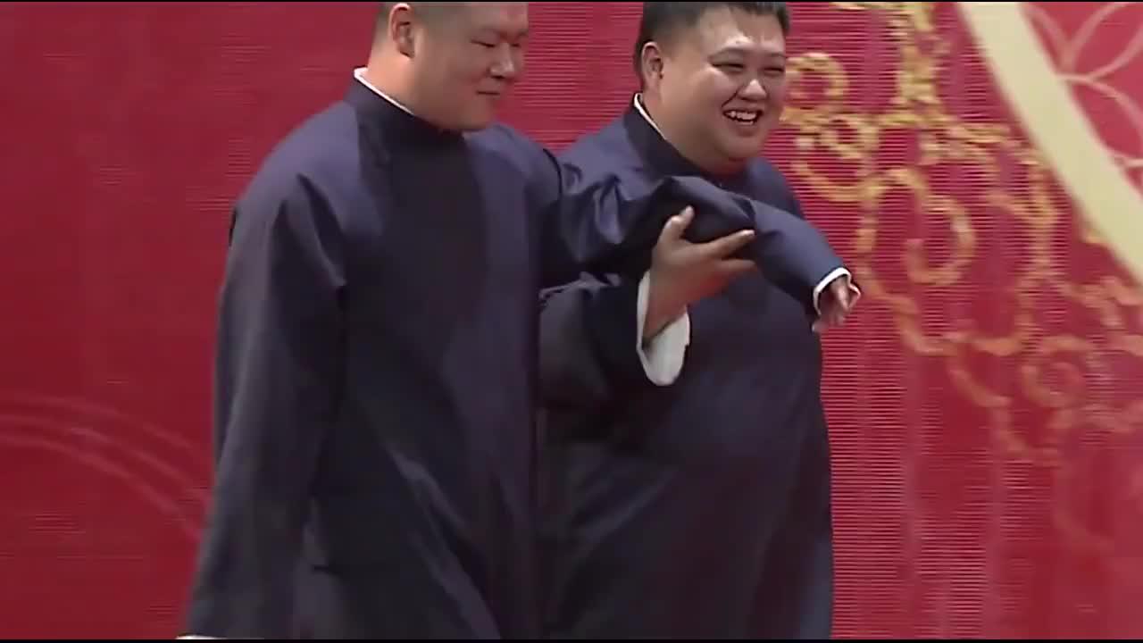 岳云鹏孙越相声片段,岳岳台上唱《学猫叫》,搞笑至极,逗乐全场