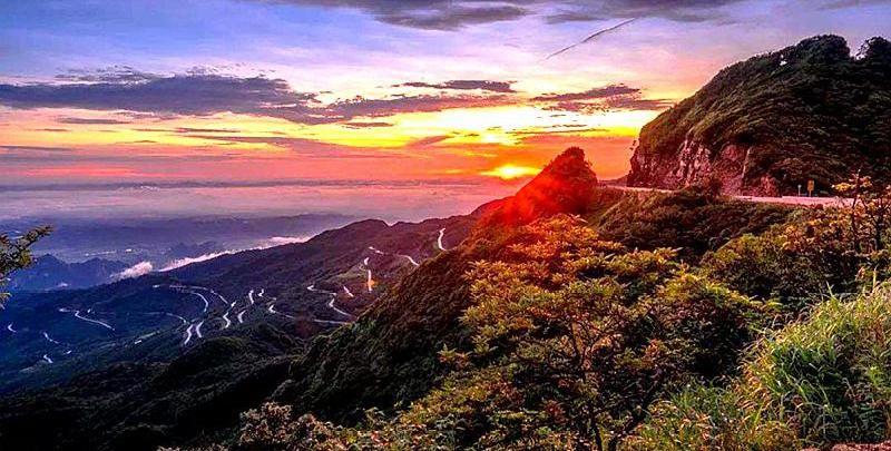 广西南宁大明山层峦叠嶂有熊猴,天然氧吧邂逅浩瀚星空与壮美日出