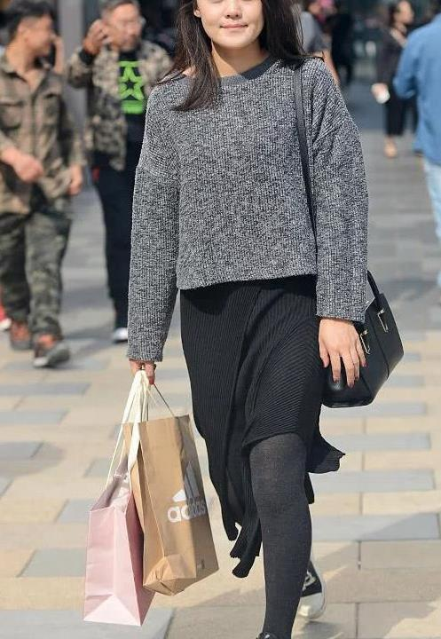 街拍:时尚潮流步行街 时尚美女达人图集12