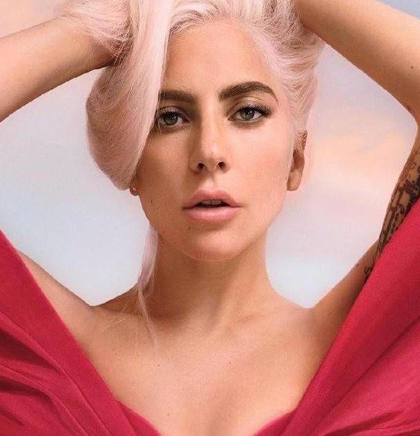 Lady Gaga最新时尚大片曝光,终于开始认真扮美了