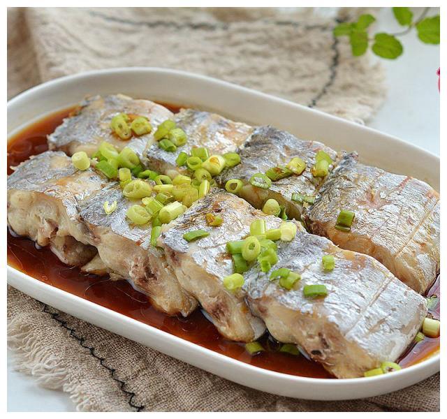 清蒸带鱼,味道出奇的好吃!