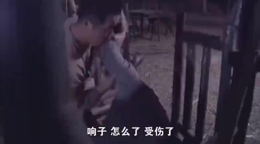神枪:伙打鬼子不幸受伤,刚把伤口包扎好,鬼子就追来了
