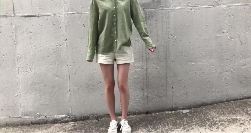走在街上到处吸晴的四套时尚穿搭,这样搭配简单好看又舒适!