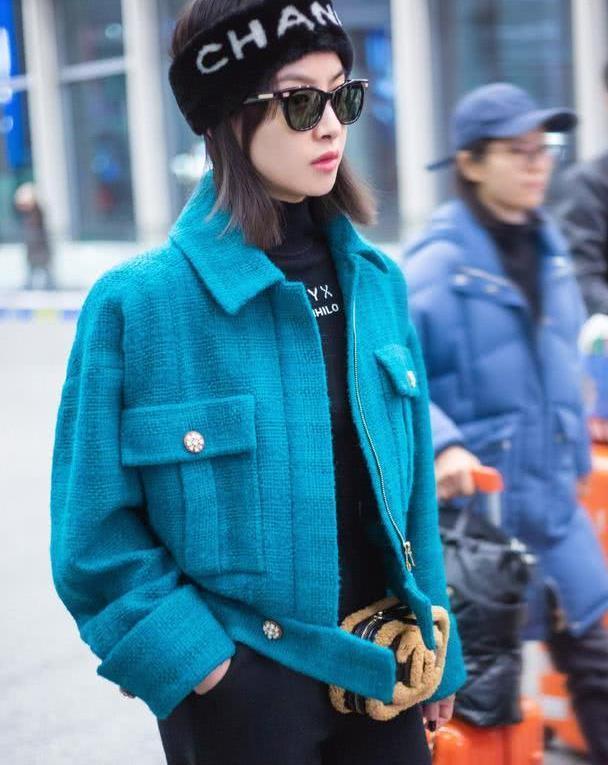 建议大家:穿大衣别配打底裤,学宋茜、李沁这样穿,洋气又时髦