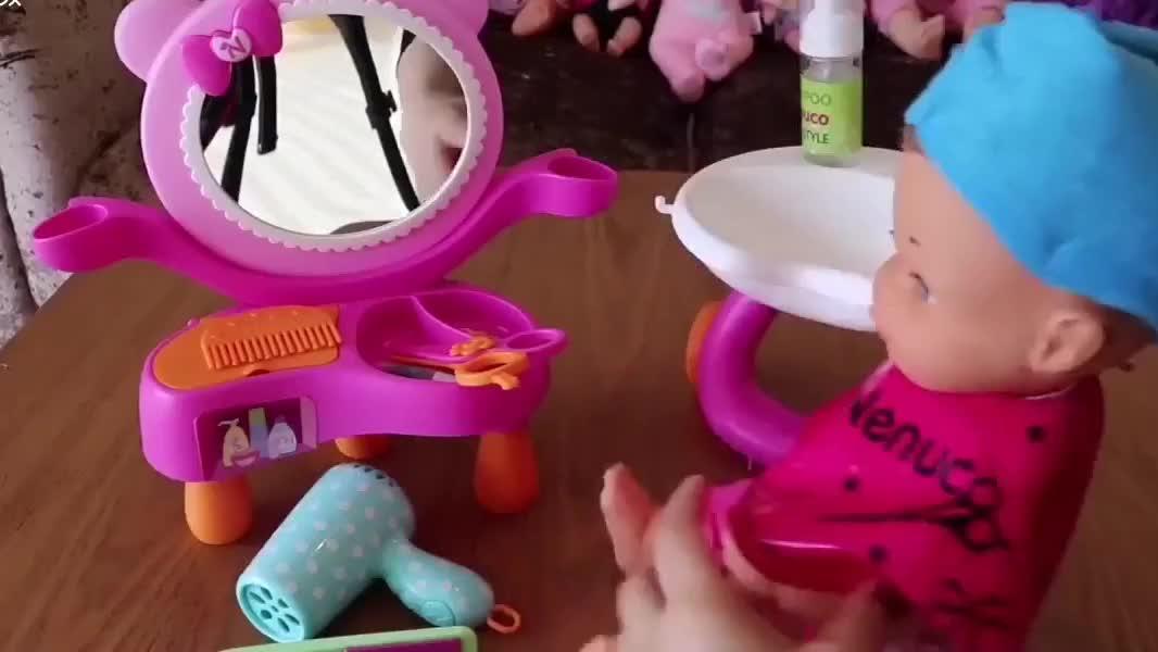 婴儿芭比的理发店,还原真实的洗头理发,剪发编发