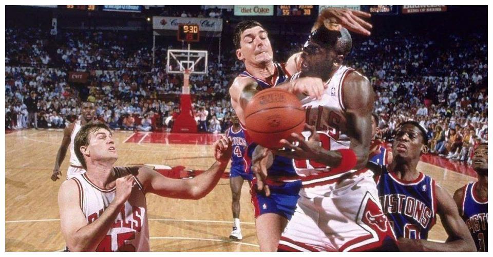 "NBA史上最""豪横""的富二代!能把冠军戒指扔掉的人,只有他一个"