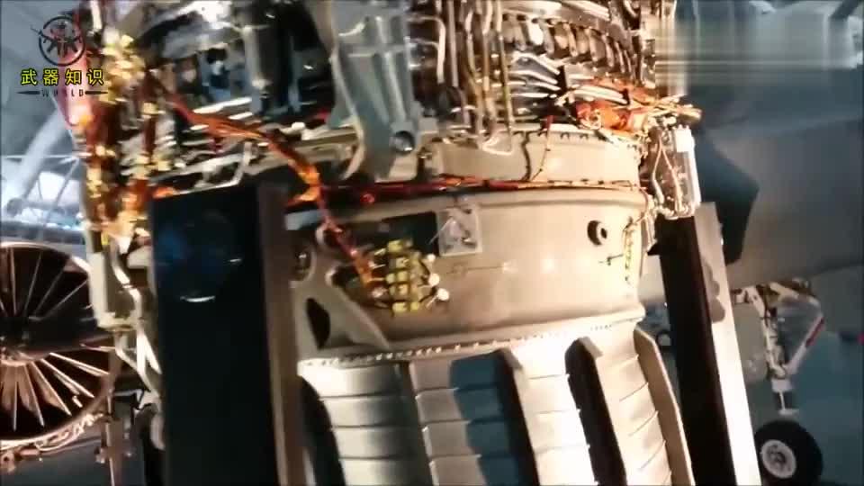 F-35闪电战斗机的核心部件:矢量发动机结构
