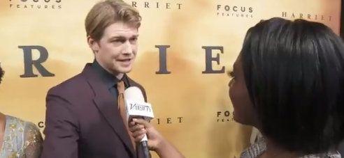 Joe Alwyn出席《哈丽特》洛杉矶首映礼 。