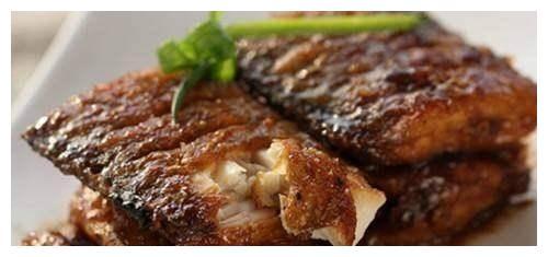 三杯带鱼,清香蔬菜茄子,鸡蛋炒豆腐,香草鱼块的做法
