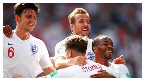 英格兰足球队大腕云集,明明阵容实力很强,为啥就是踢不出成绩?