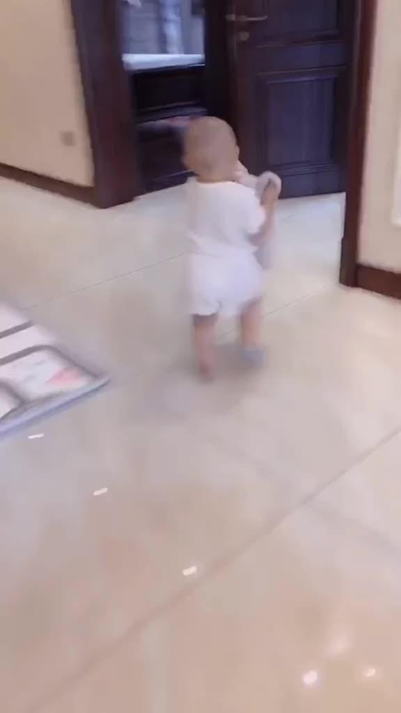 万物都能洗家有萌宝萌娃萌娃日常宝宝育儿亲子