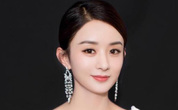 十年前她抢到了冯绍峰婚礼的捧花,今成了他老婆,网友缘分注定